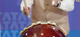 Modi beats the drum for Indian business