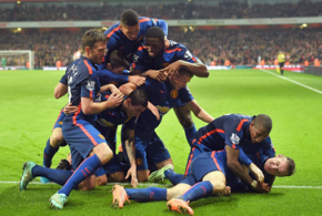 Rooney seals smash-and-grab win for Red Devils