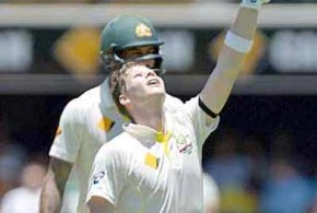 Tailenders give Australia the edge on Day 3