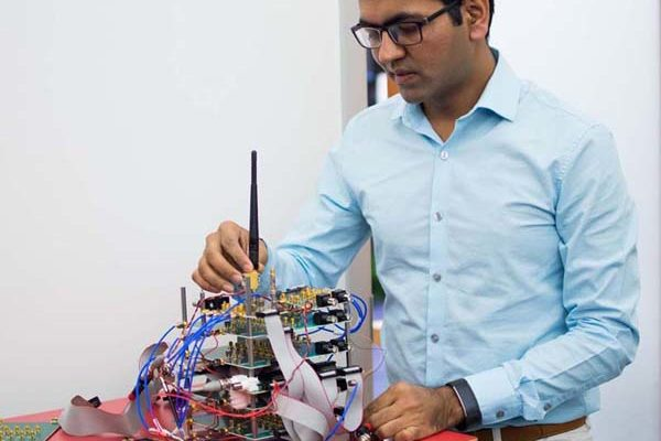 Indian-origin MIT scientist wins $ 4000 award for research on radio waves
