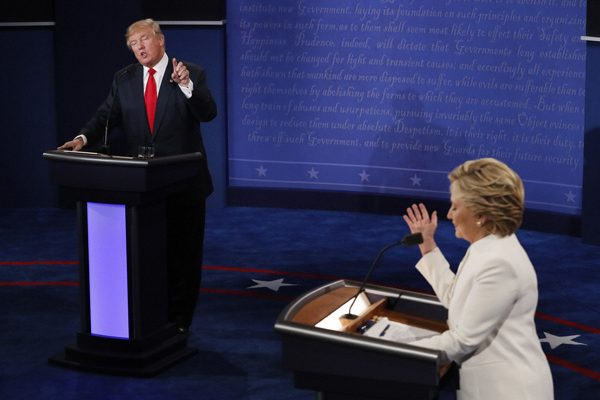 Las Vegas : Democratic presidential nominee Hillary Clinton debates with Republican presidential nominee Donald Trump during the third presidential debate at UNLV in Las Vegas, Wednesday, Oct. 19, 2016. AP/PTI(AP10_20_2016_000011B)