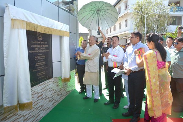manipurchief-minister-o-ibobi-inaugurating-sird-complex-porompat-in-imphal-besides-opening-mahatma-gandhi-nrega-mela-in-imphal-on-thursday